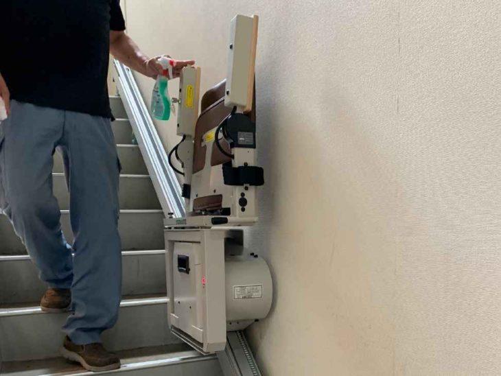 練馬区 H様邸 階段昇降機設置